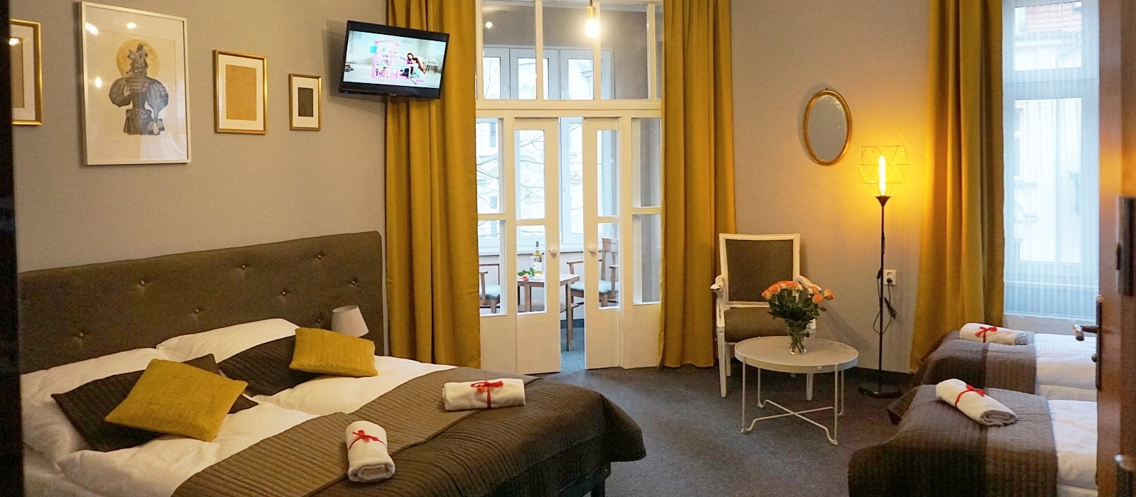 Apartament Superior w Hotelu Expolis Residence baner
