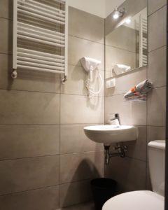 Pokój trzyosobowy Economy w Hotelu Expolis Residence #5